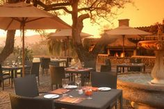 At the unique Casa Do Sol Hotel & Resort, Hazyview there is a wide choice of luxury accommodation catering for all tastes, with conference facilities and beautiful surroundings. This Hotel is a taste of the best that Africa can be. Conference Facilities, Outdoor Pool, Outdoor Decor, Luxury Accommodation, Travel Tours, Resort Spa, Hotels And Resorts, South Africa, Places To Go