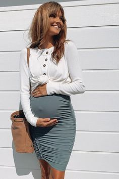 Casual Maternity Outfits, Maternity Pants, Maternity Wear, Maternity Tops, Maternity Fashion, Maternity Clothing, Modern Maternity Clothes, Cute Maternity Style, Nursing Clothing