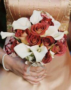 Calla Lillies & Burnt Roses/Charred Roses?  #ZombieWedding