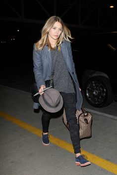 Loving Lizzie Olsen's menswear inspired look at LAX
