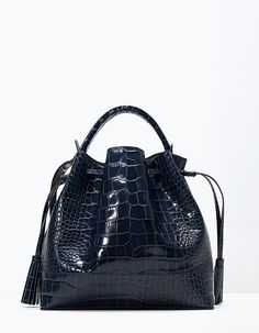Joli, bel effet... Pour se faire un petit plaisir... Sac seau Zara - 35 modèles pour jouer du sac seau  - Elle