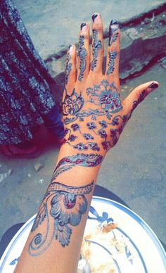 Henna Ink black and red