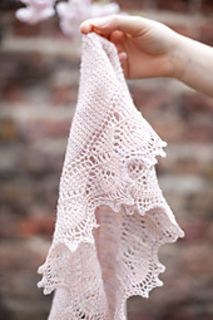 This is a FREE PATTERN, for everyone who might be curious about embarking on their own tunisian-lace adventure.