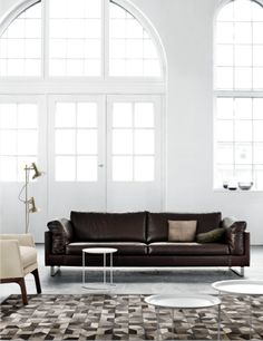 Indivi 2 corner sofa is another of Ander Nørgaar's designs. It is the ultimate modular sofa concept. With so many different seating units, armrests and legs to choose from. Visit our store at Sultanpur, MG Road, shop no. 1 & 2 adjacent to Gallery to see our collection. #AndersNøgaardFeature #homefurnishing #InteriorDesign #HomeDecor #BoConceptHome #Designer