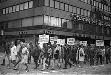 """Viva Dubček"" – demonstration against the Soviet invasion of Czechoslovakia, 1968 in Helsinki"
