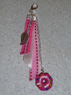 bijou de sac rose avec pâte fimo polymère : Autres accessoires par soso-crea