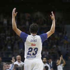 El Real Madrid estrenó camiseta con mangas #RealMadrid #Madrid #RealMadrid #camiseta #mangas #NBAMadrid #baloncesto #basketball #basket
