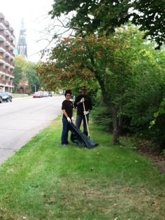 Meade Lexus was proud to lend a hand during National Public Lands Day! Meade Lexus employees volunteered their time to help revitalize and clean the Dequindre Cut Bike Path, which is part of the Detroit Riverfront Conservancy. The clean-up was just in time for a ground-breaking ceremony at the old Globe Trading Company building by Milliken State Park--the building is being renovated into a nature and activities center. We can't wait to see the progress unfold! #volunteerdetroit