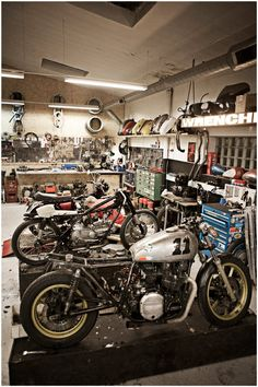 Wrenchmonkees #moto #wrenchmonkees #special #garage