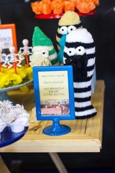 Festa Palavra Cantada | Macetes de Mãe Party Ideas, Christmas Ornaments, Holiday Decor, Birthday, Diy Home, 1 Year, Kids Part, Cakes, Birthdays