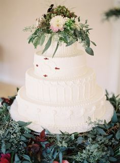Almost too pretty to eat. Photography by odalysmendezphotography.com, Wedding Cake by Blanchard's Bakery