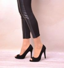 MARCIAL BLACK | Red Pumps