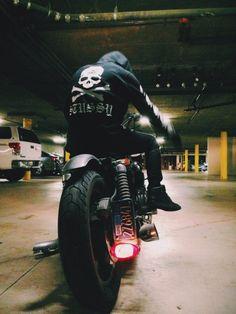 ryostylife: stussy x mastermind JAPAN Ducati, Yamaha, Motorcycle Style, Biker Style, Vintage Motorcycles, Cars And Motorcycles, Hot Rods, Gotham News, Harley Davidson