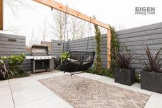 Small Backyard Gardens, Back Gardens, Backyard Landscaping, Outdoor Gardens, Back Garden Design, Garden Floor, Pergola, Low Maintenance Garden, Garden Inspiration