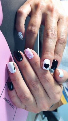 40 Adorable Heart Nail Designs For Valentine's Day Heart Nail Designs, Cool Nail Designs, Cute Nails, Pretty Nails, Mickey Nails, Valentine Nail Art, Nails For Kids, Heart Nails, Winter Nails