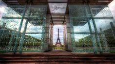 eiffel tower wallpaper: Wallpapers Collection, 2560x1440 (1076 kB)