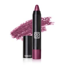 Get a rich and full pigment of matte colour with Magnumatte Lip Crayon. Crayon Lipstick, Soft Lips, Lip Pencil, Professional Makeup, Lip Liner, Fashion Beauty, How To Apply, Color, Fresh