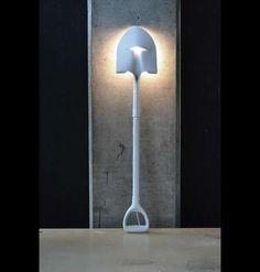 DIY Shovel Lamp - easy and unique!