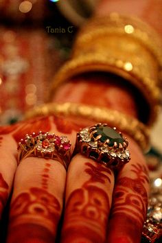 Statement bridal rings. Indian bridal jewellery.