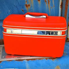 Vintage Red Train Makeup Case for Travel and Decor - I have this in Dover White - need to repurpose