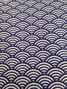 Japanese fabric pattern Blue Waves por BazarPetitesPipelett en Etsy