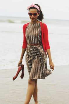 I like this so much because this outfit would work on me, since I have the same skin tone.