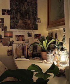 Room Ideas Bedroom, Bedroom Inspo, Bedroom Decor, Punk Bedroom, Grunge Bedroom, Dream Rooms, Dream Bedroom, Cute Room Decor, Study Room Decor
