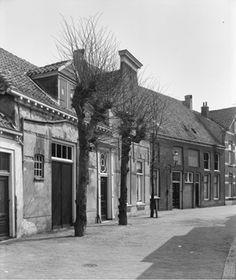 Muurhuizen 153 - 147