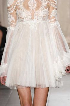 I want pretty: Color- Blanco/ White outfits, beauty, deco!