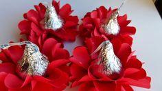 Valentine Kisses Flowers Valentines Flowers, Valentines Day, Valentine Ideas, Fabric Flowers, Favors, Kisses, Engagement, Paper, Unique Jewelry