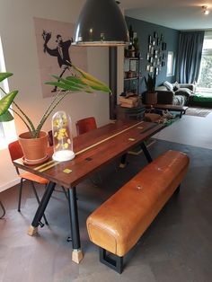 Apartment Therapy, Office Desk, New Homes, Dining Room, Interior Design, House, Hermes, Furniture, Gym Equipment