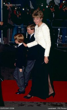 Red Carpet Mum