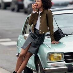Jupe fendue en vinyle - COURREGES #LeBonMarche #VuAuBonMarche #AH2016 #FW2016 #Fashion #Trend #Mode #Tendance