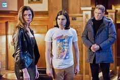 """#TheFlash 1x16 """"Rogue Time"""" - Lisa Snart/Golden Glider, Cisco and Leonard Snart/Captain Cold"""