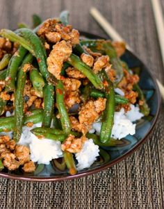 Skip takeout tonight—cook up green beans with ground turkey.