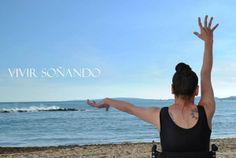 #DANZA #CROWDFUNDEADO #CROWDFUNDING Necesitamos una carpa para poder llevar a cabo el proyecto Vivir Soñando. Un espectáculo de calle gratuito para dar un mensaje de autosuperación, de la conocida escritora con PCI Paquita Ferragut. Descubriréis la progresión de movimiento conseguida después de tres años de esfuerzo diario de danza. http://www.verkami.com/projects/8829-vivir-sonando-de-paquita-ferragut Crowdfunding verkami