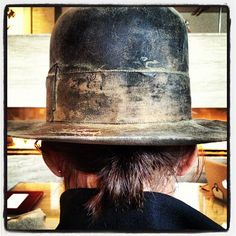 Photo by 30secondstomars, EVEN the back of Shannon's head is smexy, tee hee hee...