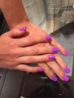 Purple gelish nails by Emily Flaa