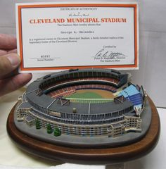 Danbury Mint - Cleveland Municipal Stadium Miniature Model - Indians    Browns 17e7abc02