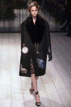 Alexander McQueen Fall 2016 Ready-to-Wear Fashion Show Stylist Liz RDF