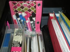 ideas mobile office organization tips for 2019 Office Organization Tips, Classroom Organization, Organizing, Nursing Organization, Paper Organization, Office Ideas, Teaching Tools, Teaching Resources, Teacher Cart