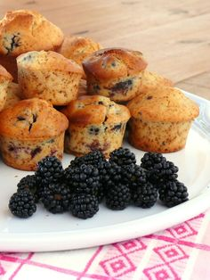 Muffins aux mûres sauvage et au citron Muffins, Dessert Aux Fruits, Baked Potato, Cooking, Breakfast, Cake, Ethnic Recipes, Sweet, Food