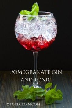 A great way to add color and intrigue to your traditional Gin and Tonic, by adding just a hint of pomegranate flavor. Cocktail Syrups, Gin Cocktail Recipes, Easy Cocktails, Drinks Alcohol Recipes, Pomegranate Gin, Pom Juice, Gin Und Tonic, Recipe For Teens, Mixed Drinks