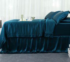 royal blue silk bedding sheets from oosilk, love love love!!!!