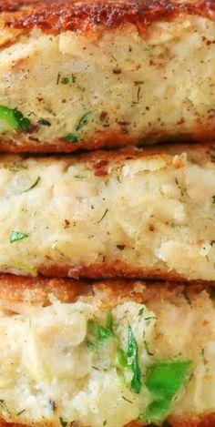 Tuna Potato Patties Fun Easy Recipes, Amazing Recipes, Delicious Recipes, Tasty, Best Seafood Recipes, Salmon Recipes, Fish Recipes, Potato Patties, Big Fish