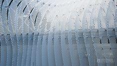 A building repair project for Japanese famous department store Takashimaya by Kengo Kuma. He gave old facade of department store to rhythm. 隈研吾氏による玉川高島屋のファサード改修です。フワフワっとした白い物体が軽やか。 ----------------------------------- Tamagawa Takashimaya SC (玉川髙島屋S・C本館). Architect : Matsuda Hirata (設計:松田平田設計). Contractor :  (施工:). Completed : 1969 (竣工:1969年). Structured : Steel frames (構造:S、RC、SRC造). Costs : $ million (総工費:約億円). Use : Department store (用途:商業施設). Height :  ft (高さ:m). Floor : 6 (階数:地下2階、地上6階)…