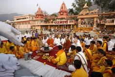 Wondering which Rishikesh ashram to stay in? Learn about some of the most popular ones and what they teach in this article.