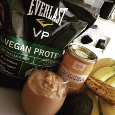 Oh I'm in heaven with this delicious Chocolate Avocado Protein Pudding! Yes I'm on a chocolate kick right now  Made with #everlastnutrition Vegan Protein! 3/4 cup unsweetened vanilla almond milk 1 TBSP chia seeds 1 scoop #EverlastVP 1 medium banana 1 TBSP almond butter 2 TBSP cacao powder 1/2 ripe avocado 1 Medjool date 3-4 ice cubes  Blend and enjoy! Click the link in my profile to get a free box of Everlast Fuel and FREE SHIPPING when you buy a bag of Everlast VP (my favorite vegan…