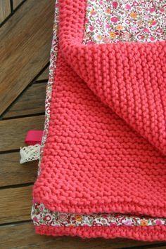 Couverture tricot doublée tissu