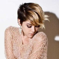 Caramel Short Ombre Hair with Pixie Cut